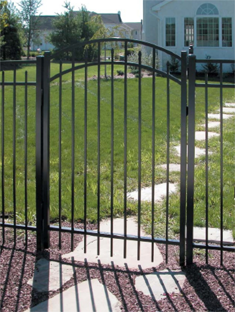 Installation Tips for Aluminum Fencing - Aluminum Fence Specialists
