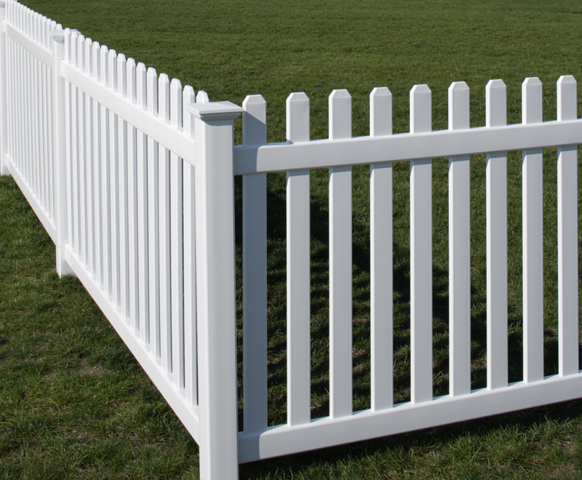Rothbury vinyl fence by bufftech discount supply
